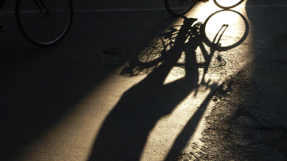 P1030944_OMBRA_bici1000pxHOME