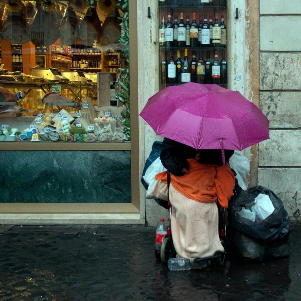 When In Rain As The Romans Do Ciapannaphoto