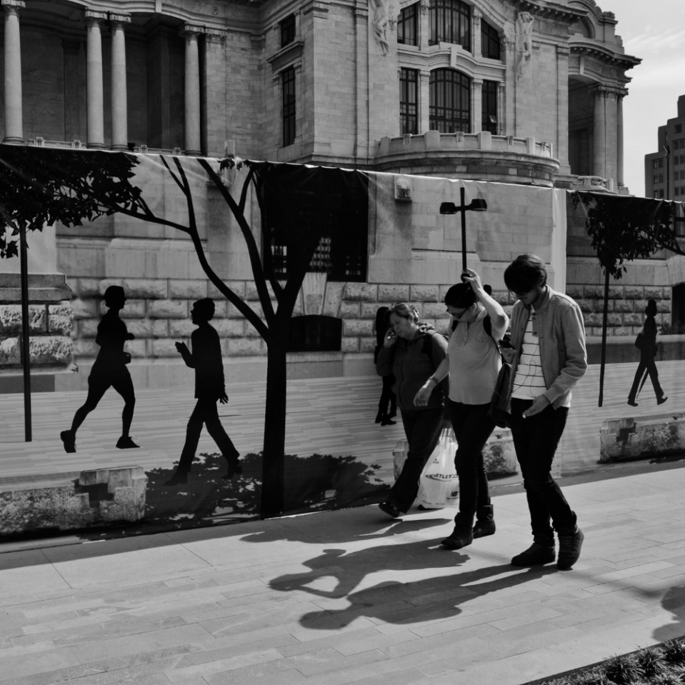The real people are the ones casting a shadow. Palacio de Bellas Artes, works in progress.