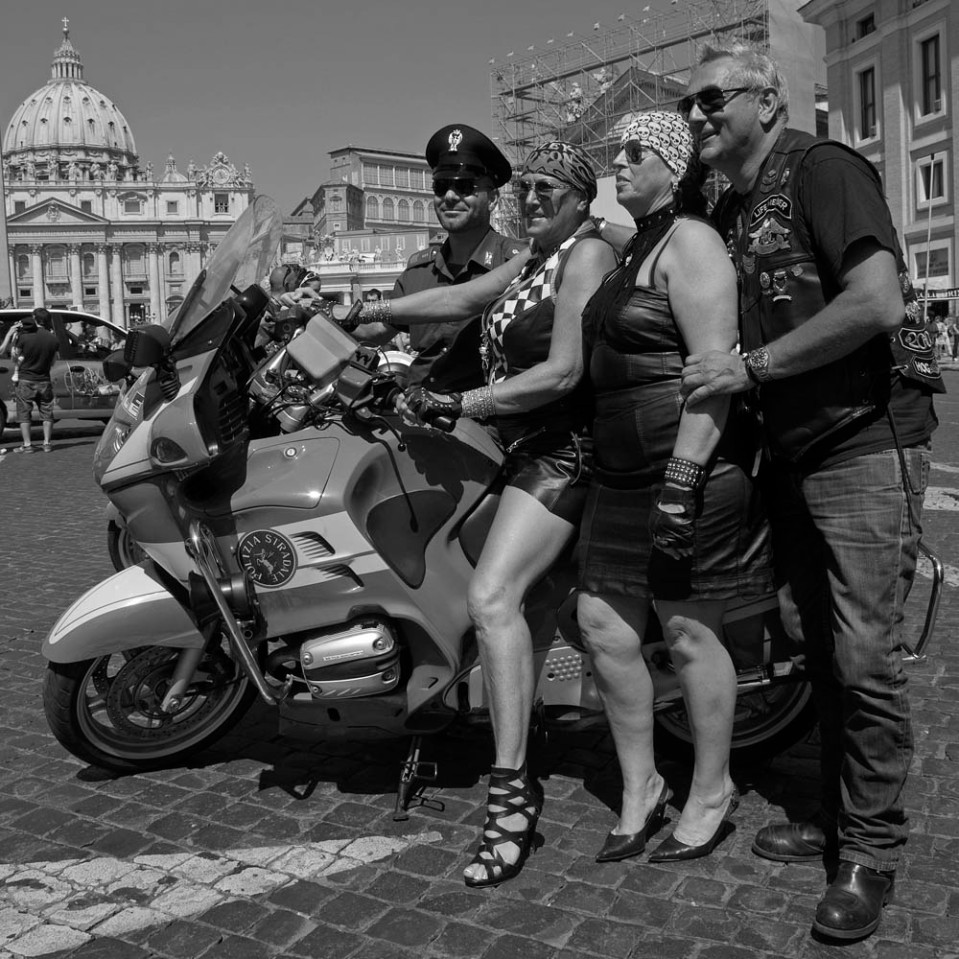 The cop refused to sit on a Harley, but agreed to let these bikers straddle his Bmw.