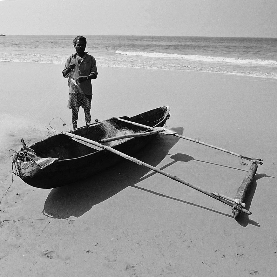 Halfway across the country, at Palolem in Goa, traditional craft include tiny dugout canoes, complete with outrigger to limit risks of capsizing.