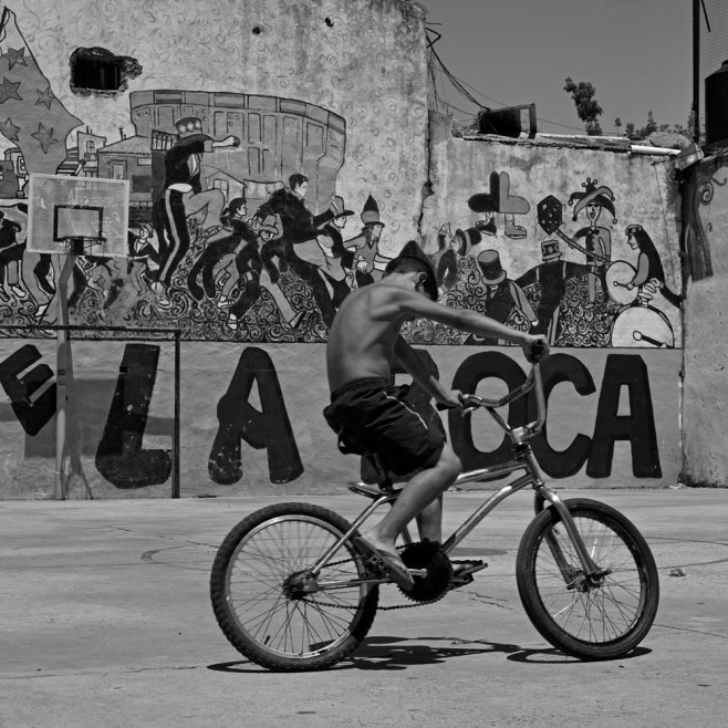 _DSC9694_arg_ba_boca_kid_bike_court_1000px
